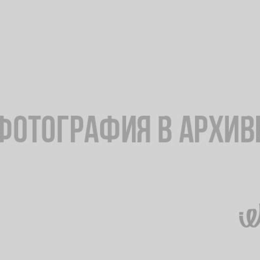 В Выборге автобус рассыпался прямо на ходу